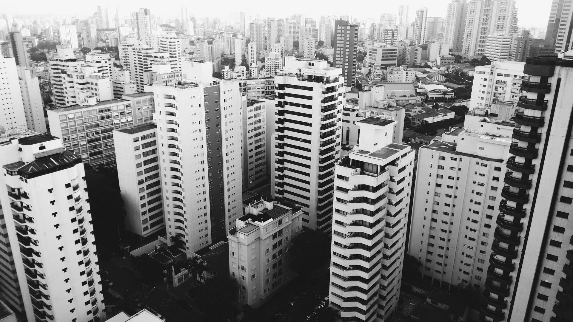 buildings-1030991_1920